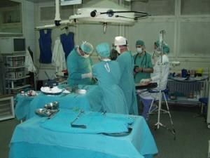 operatie door dokter