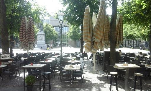 terrasjes op Plein den Haag